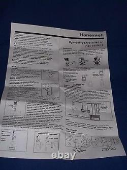 Honeywell P7620A1004 Pressure Transmitter Sensor 0-6 Bar 1/2 PF 4-20 mA 304SS