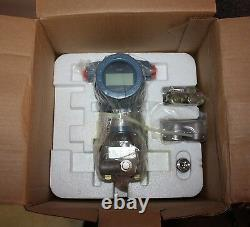 Rosemount 3051 CD2A22A2BM5P2 pressure transmitter NEW in BOX with MANUAL