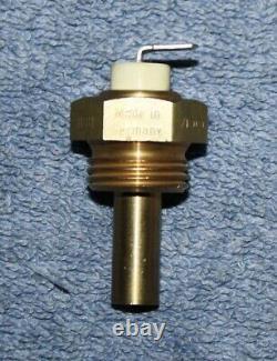 Volvo 240 242 Turbo 244 245 Sender Öltemperatur oil temp. Sensor NOS